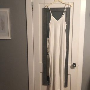 White Maxi Dress with adjustable straps & pockets